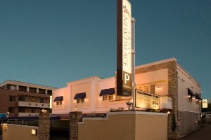 HOTEL NEWPALACE