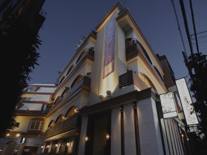 異人館街にほど近いアーバントなホテル HONJIN